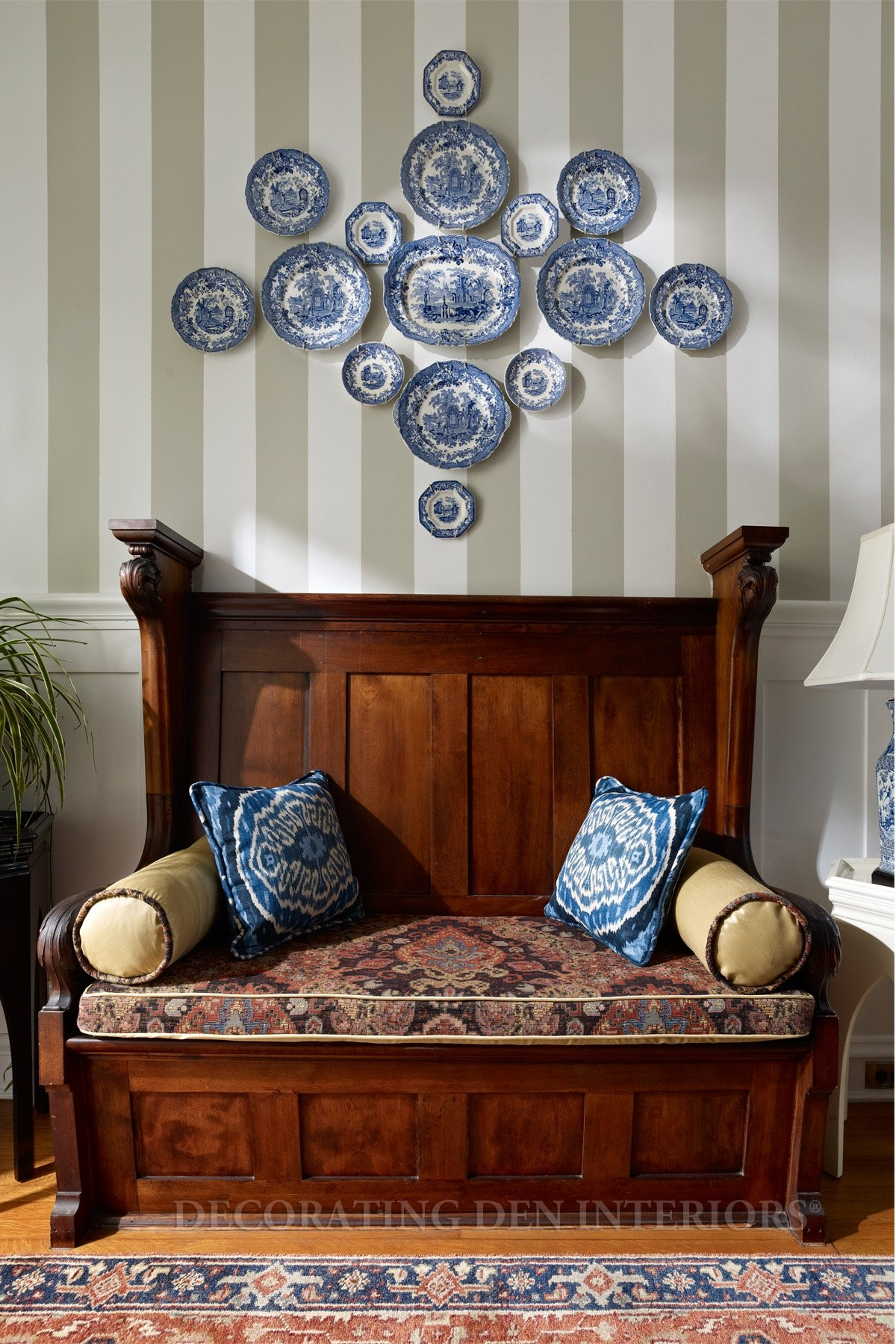 Wood furniture shopping tips to know before you buy for Wall decor dishes