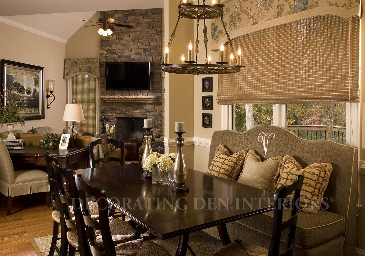 Favorite room makeovers by fellow decorators how to for Cozy family room ideas
